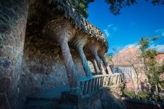 park guell gaudi columns
